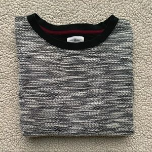 • Lou & Grey Black Marled Pullover•